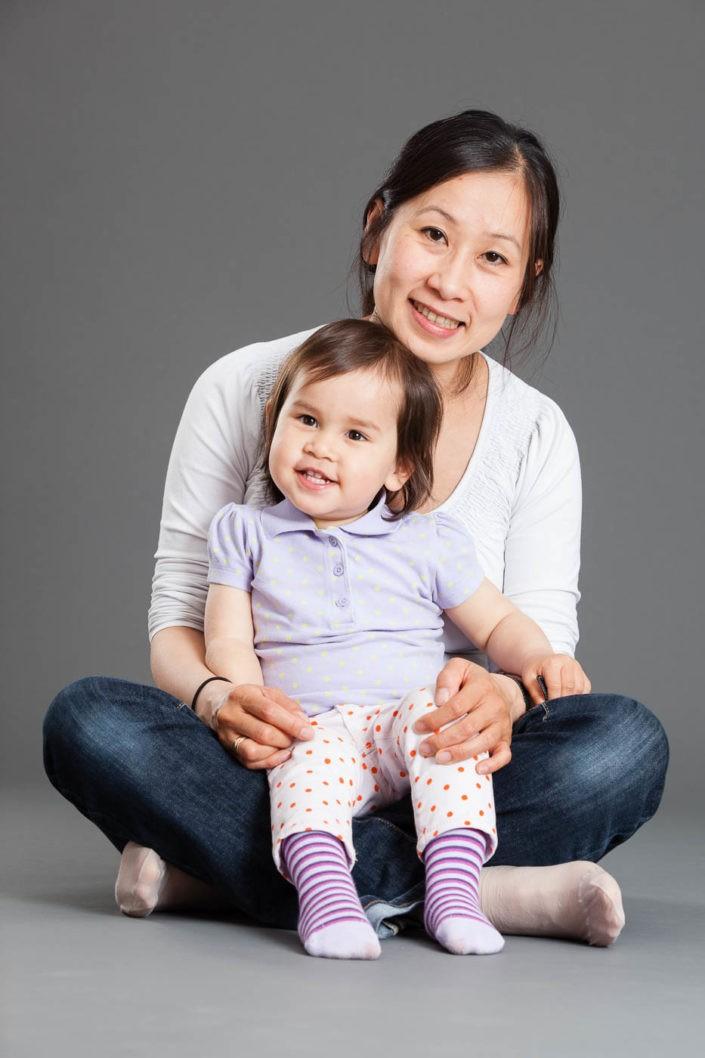 kinderfotos-familienfotos-familienfotoshooting-fotografin-fotostudio-absam-tirol