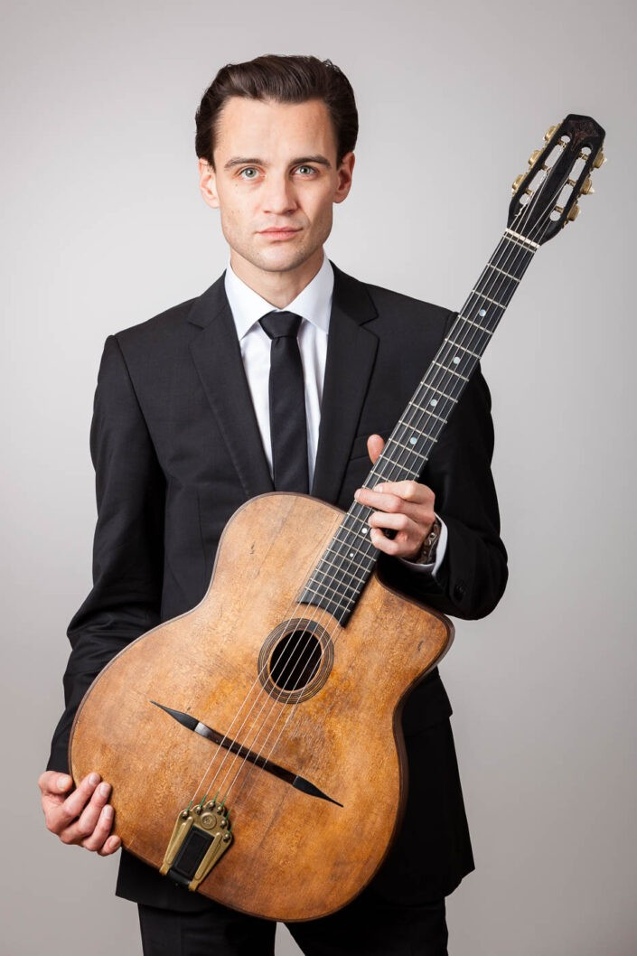 musikerportrait-gitarrist-portraitfotos-fotografin-innsbruck-tirol